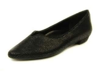 VANELi Black Printed Flat