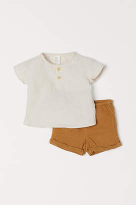 H&M Henley top and shorts