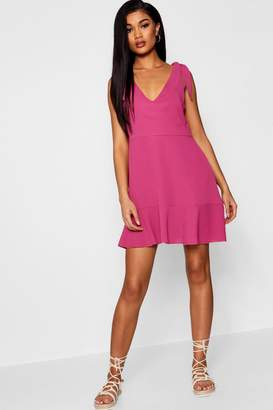 boohoo Knot Shoulder Ruffle Hem Shift Dress