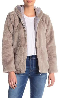 Vigoss O-Ring Faux Fur Jacket
