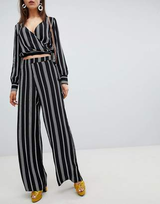 New Look Stripe Wide Leg Pants Two-Piece