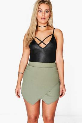boohoo Plus Asymmetric Wrap Skort