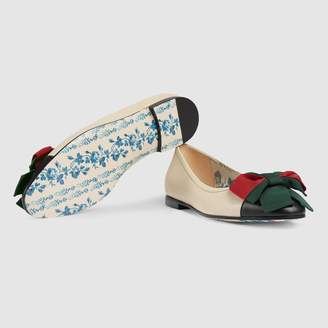 Gucci Leather ballet flat with Web bow