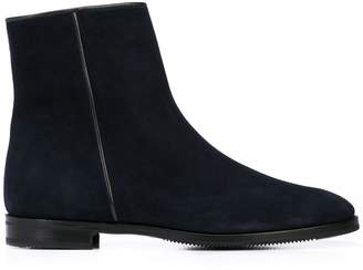 Gravati classic ankle boots