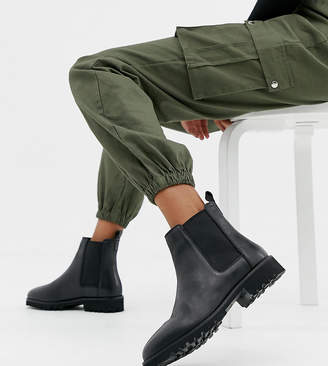 Asos DESIGN Wide Fit Addie leather chunky chelsea boots