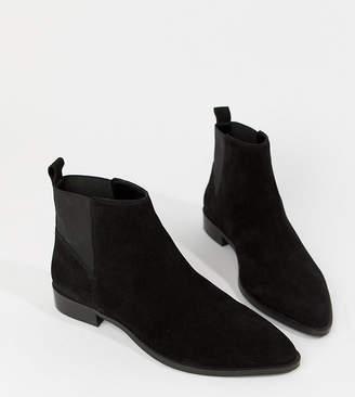 Asos Design DESIGN Wide Fit Atom suede chelsea boots
