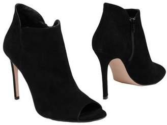 8 Shoe boots