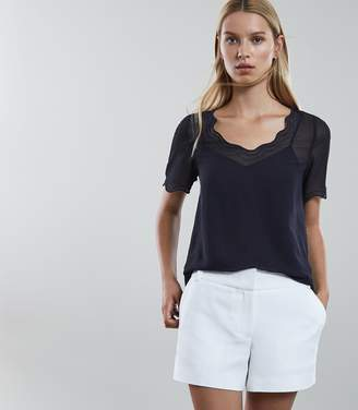 Reiss Porto Scallop Edge T-Shirt