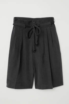 H&M Paper-bag Shorts - Black