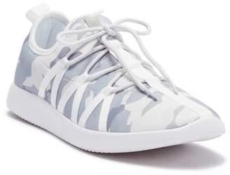 GUESS Cloud Lightweight Sneaker
