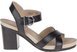 Hush Puppies Women's Mariska Buckle QTR Heeled Sandal
