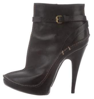 Givenchy Leather Pointed-Toe Ankle Boots Black Leather Pointed-Toe Ankle Boots