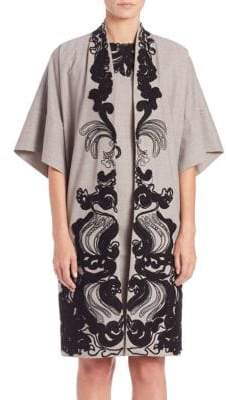 Natori Embroidered Wide Sleeve Topper