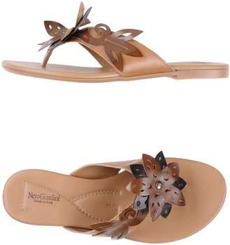 Nero Giardini Toe strap sandals