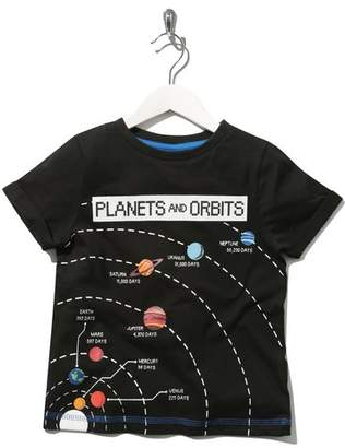 M&Co Science Museum planets and orbits print t-shirt