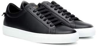 12b59fe6eb1 Givenchy Urban Knots leather sneakers