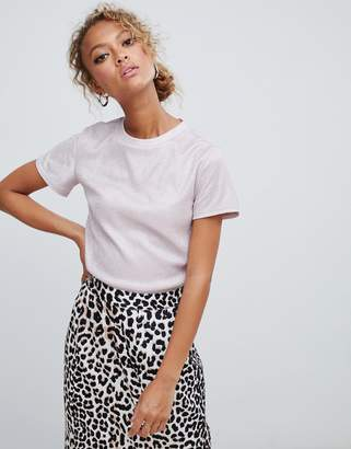New Look crop tee with shimmer detail