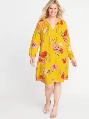 Old Navy Plus-Size Split-Neck Floral Swing Dress