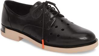 Camper TWS Perforated Derby