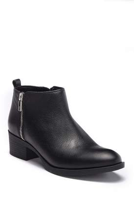 Kenneth Cole New York Levon Leather Zip Bootie