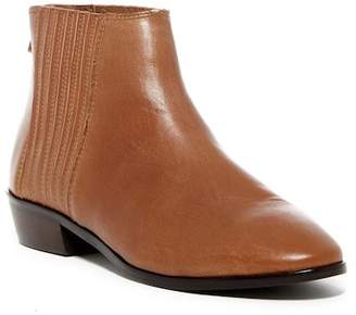 Kenneth Cole Reaction Loop-Y Gored Ankle Bootie