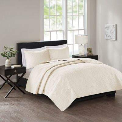 Bed Bath & Beyond 510 Designs Tahlia Full/Queen Coverlet in Ivory
