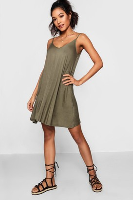 boohoo Dahlia Basic V Neck Swing Dress