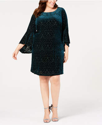 Jessica Howard Plus Size Bell-Sleeve Velvet Intarsia Dress