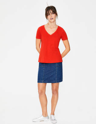 Boden The Cotton V-neck Tee