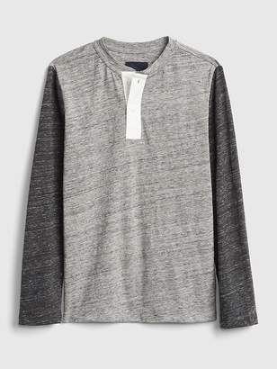 Gap Colorblock Henley T-Shirt