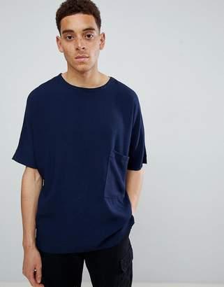 Mennace Navy Plain Pocket Oversized T-Shirt