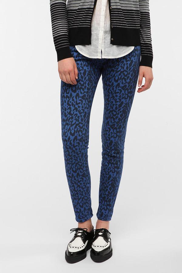 BDG Cigarette High-Rise Printed Jean - Blue Leopard