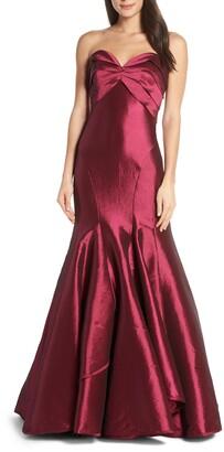 Mac Duggal Strapless Satin Mermaid Evening Dress