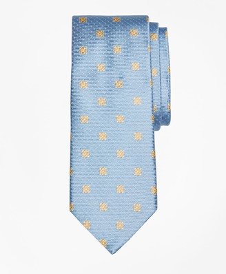 Brooks Brothers Flower and Mini-Dot Tie