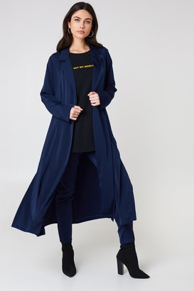Na Kd Exclusive Shiny Fluid Trenchcoat