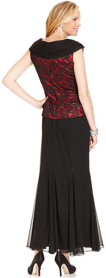 Patra Dress, Cap-Sleeve Sequin Brooch Pleat Gown