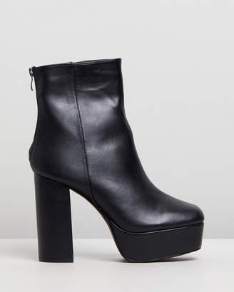 Missguided Extreme Platform PU Boots