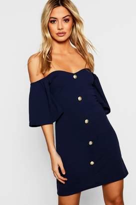 boohoo Petite Frill Shoulder Contrast Button Shift Dress