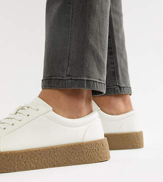 Asos Design DESIGN Wide Fit sneakers in white with gum sole