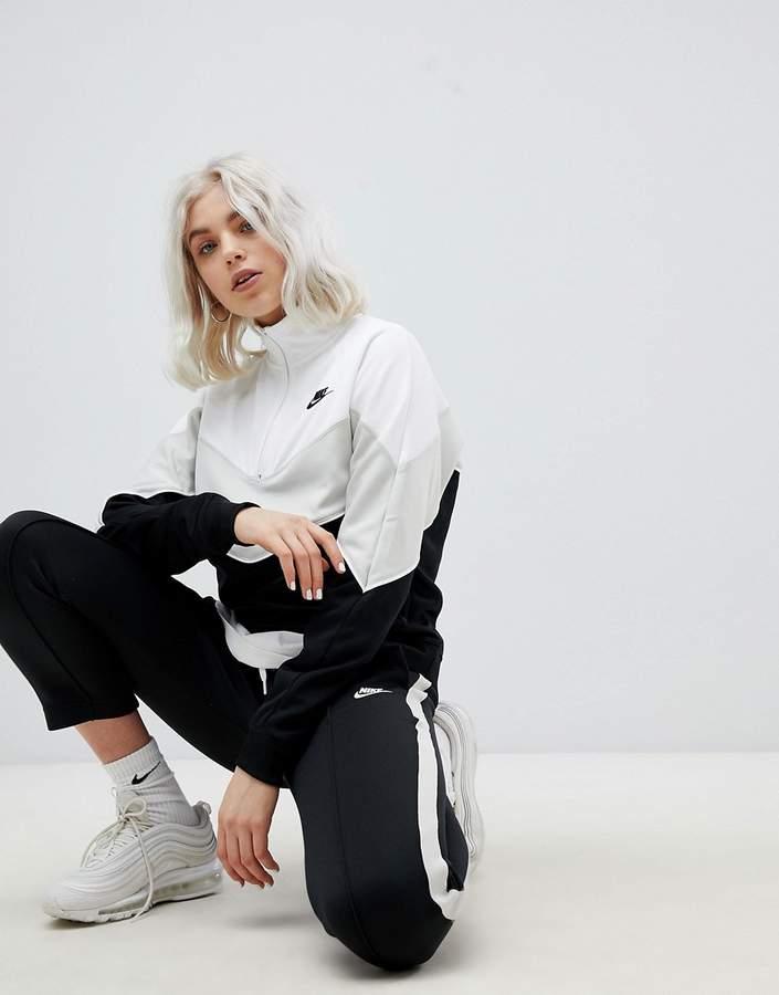 – Polyknit-Trainingsjacke mit Blockfarben und kurzem Reißverschluss