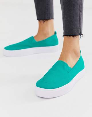 Dexter Asos Design ASOS DESIGN slip on plimsolls in blue