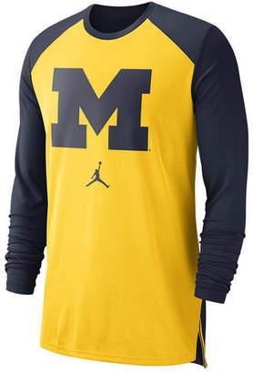 Nike Men Michigan Wolverines Breathe Shooter Long Sleeve T-Shirt