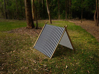 Grattify Stripy Black Collapsible Play Tent