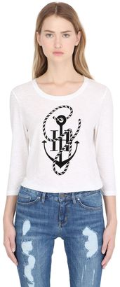 Tommy X Gigi Crewneck Anchor T-Shirt $60 thestylecure.com