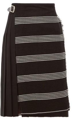 Le Kilt - Houndstooth Panel Pleated Wool Skirt - Womens - Black White