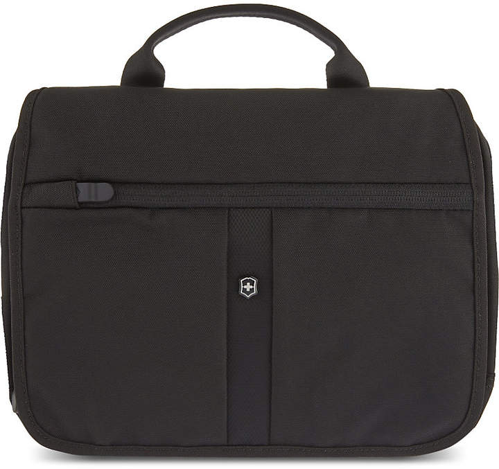 Victorinox Adventure Traveller Deluxe 3-way travel bag, Black