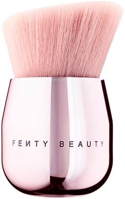 Fenty Beauty By Rihanna FENTY BEAUTY by Rihanna - Face & Body Kabuki Brush 160