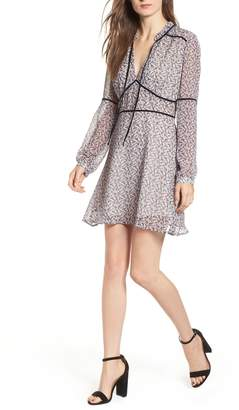 Cupcakes And Cashmere Laurena Print Minidress