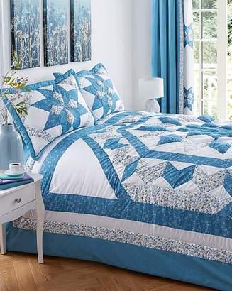 Fashion World Brianne Puffball Bedspread