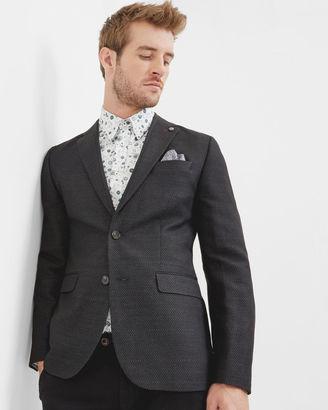 Modern fit jacket $519 thestylecure.com